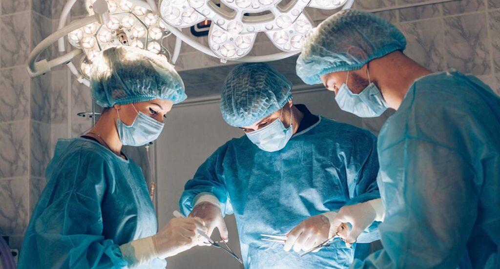 Rektalna operacija hemoroida